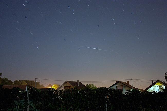 Bljesak satelita Iridium 10. ISO 800, exp. 136 sec. © Snimio: Danijel Reponj