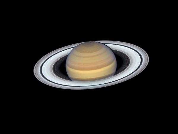 Noć Mjeseca i Saturna